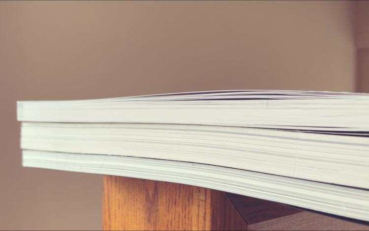 本を厚くみせたい。そんな時は嵩高用紙!